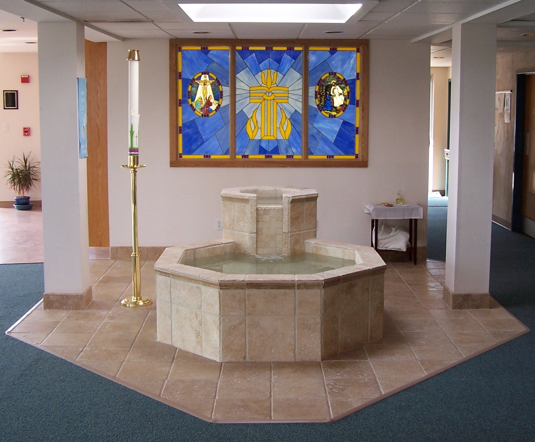 baptismal-font-grace-lutheran-church-hockessin-de-full-view-by-water-structures
