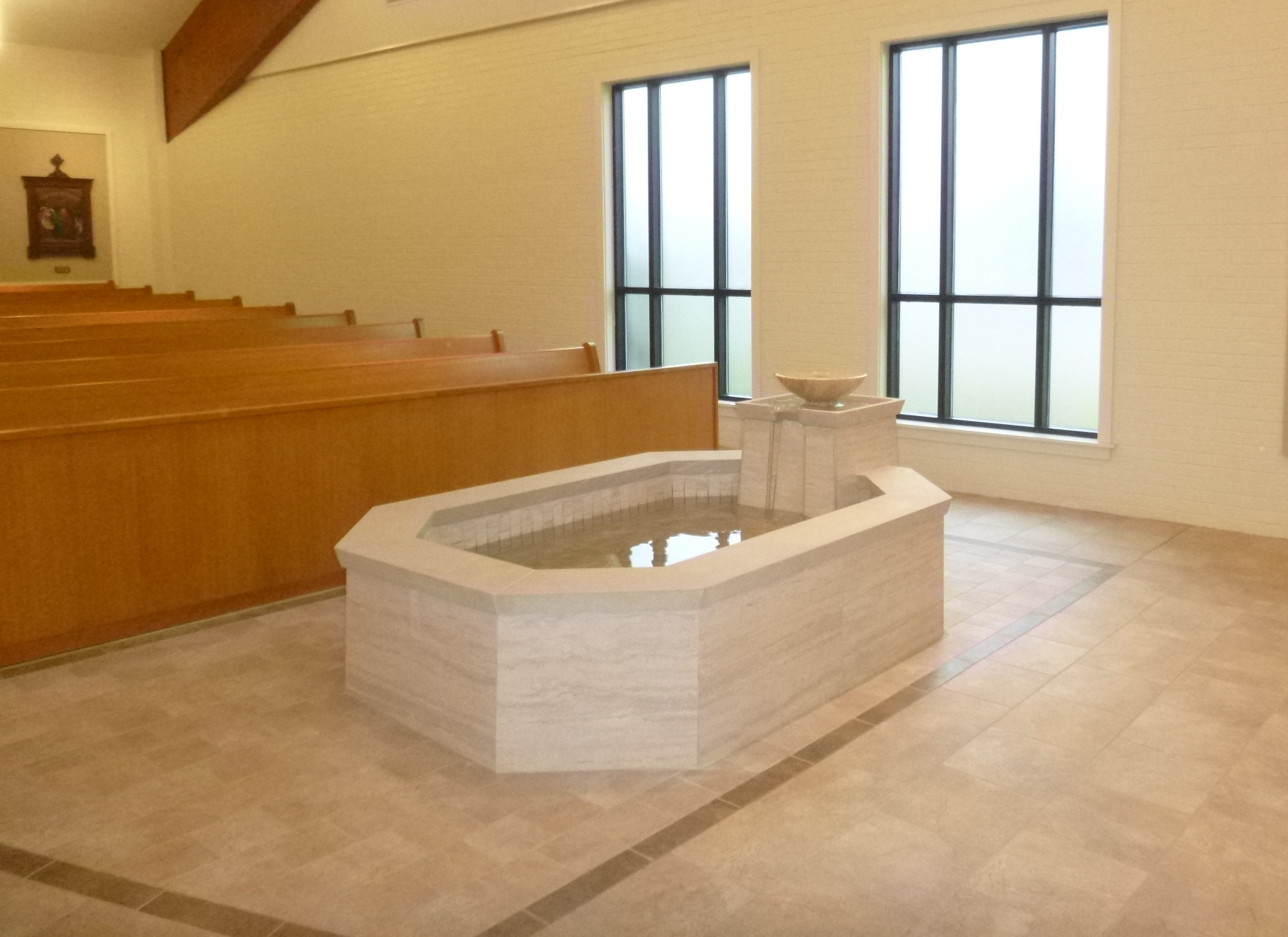 baptismal-font-holy-family-port-allen-la-by-water-structures