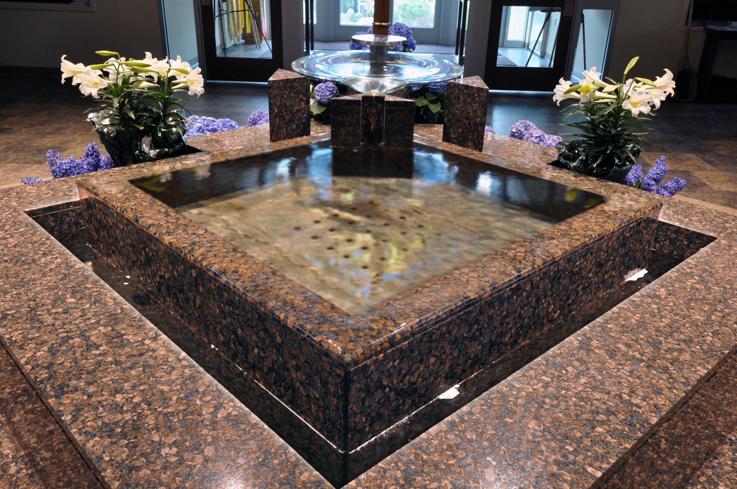 baptismal-font-our-lady-of-perpetual-help-new-albany-in-by-water-structures